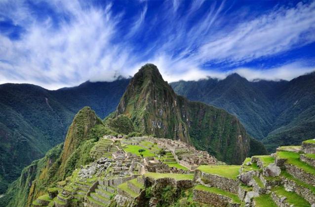 Cusco에서 Machu Picchu 요새 투어